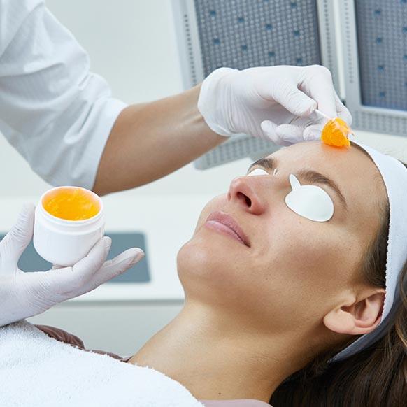 Le traitement de l'acné par les LEDs